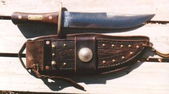 Walnut  Bowie Knife