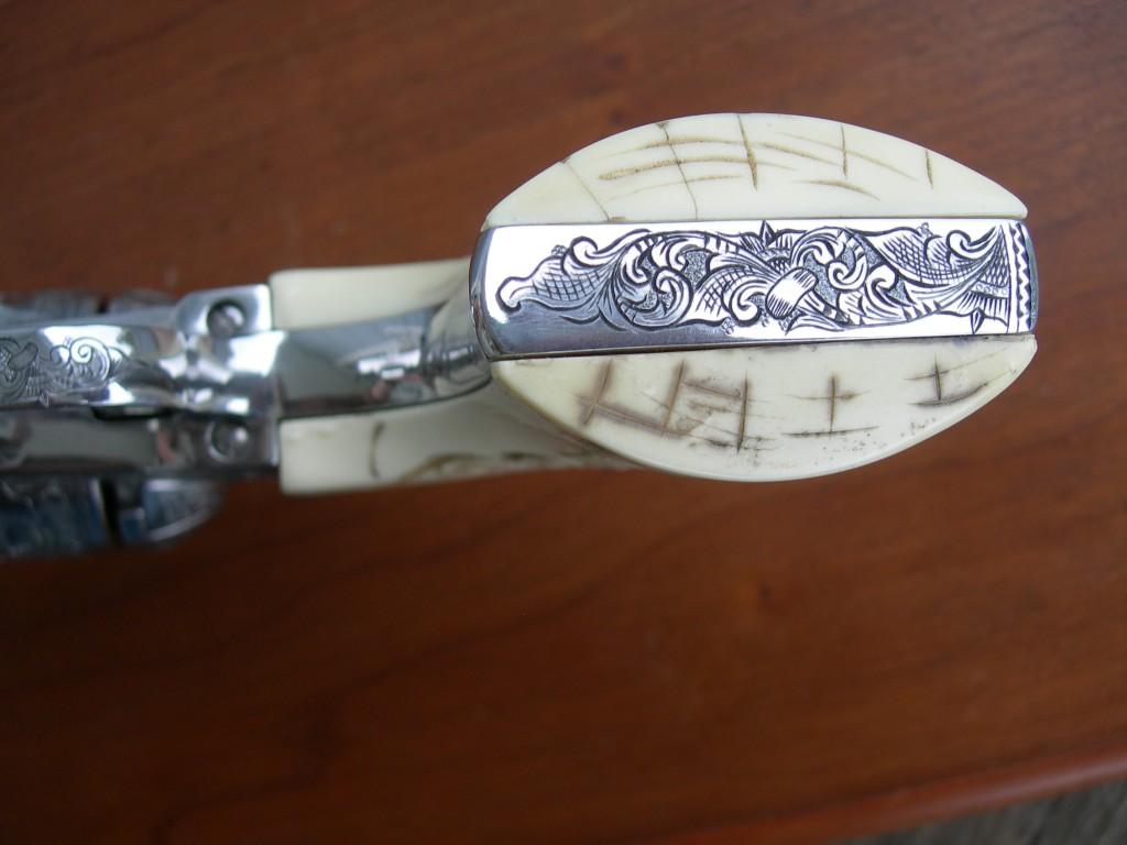 Ivorex Grip frame engraving