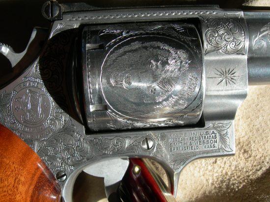 S&W .44 Magnum - Bear